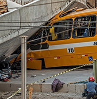 阿根廷驻地高架桥坍塌2死19伤 距米内罗竞技场仅3公里