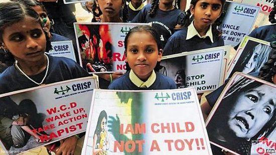 印度最近发生连串儿童遭性侵案件,引起民众不满。