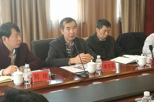 科技部调研组来高新区调研石墨烯产业发展