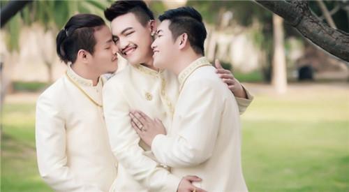 泰国三男同性恋情人节办婚礼 成全球首例