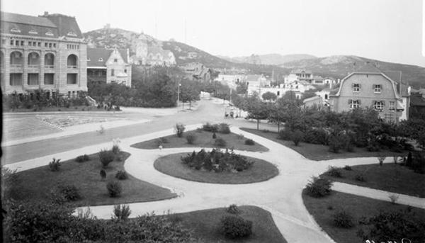 青岛百年前老照片:栈桥 总督府 天后宫