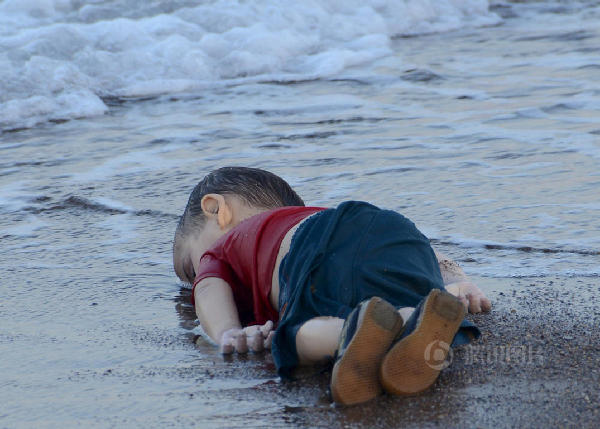 青岛金沙滩溺亡