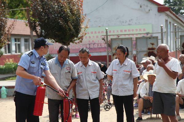 平度市民政局开展农村五保供养机构消防安全演练活动