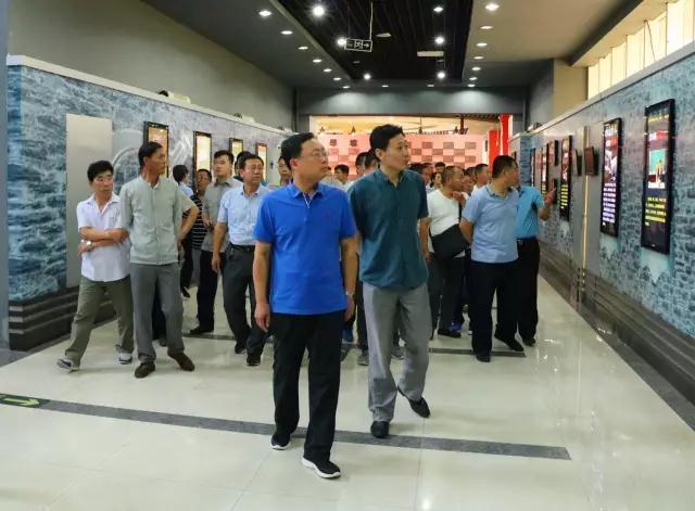 参观青岛市反腐廉政教育基地,筑牢干部思想防线