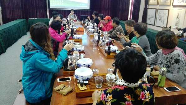 茶艺课堂走进营子社区