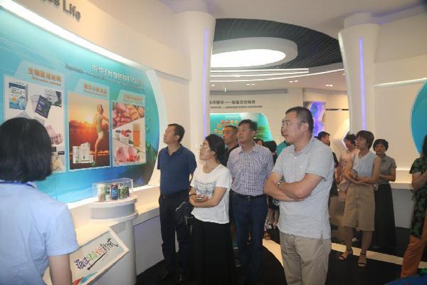 李村街道组织人大代表参观青岛古镇口军民融合创新示范区