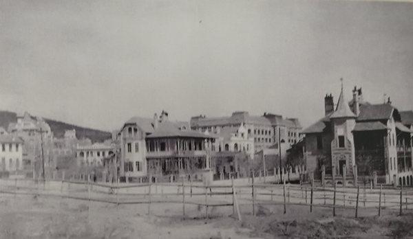 德占青岛时期的老照片:广西路、安徽路、火车站