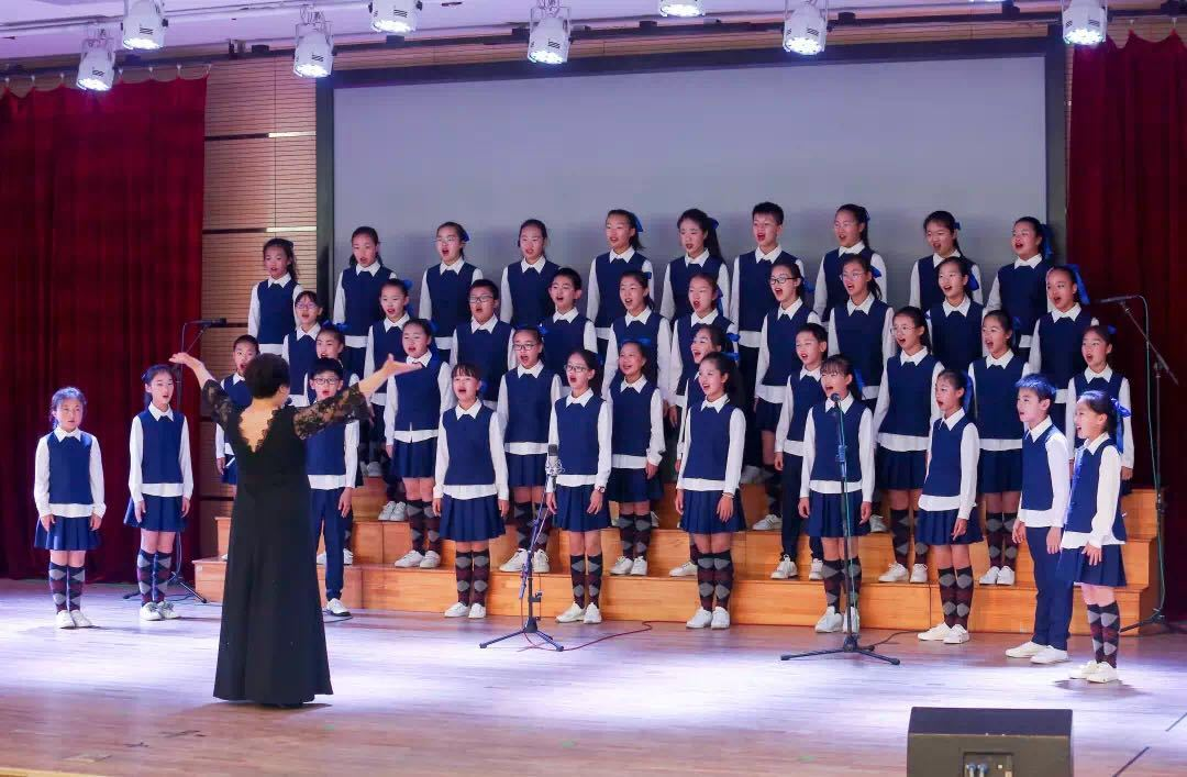 李沧区第二十一届中小学生艺术节开幕