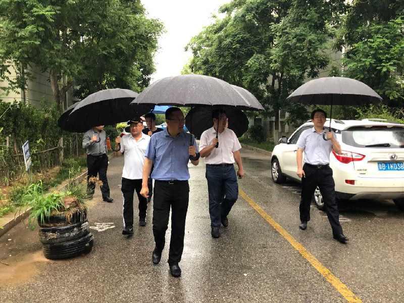 刘文光现场督导河西街道违建积案推进工作