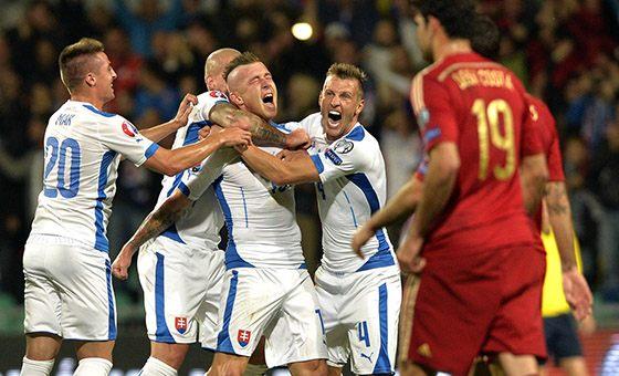 欧预赛-大冷门!西班牙1-2遭斯洛伐克绝杀