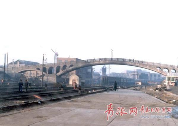 躍進橋(上個世紀80年代改稱為天橋)。.jpg
