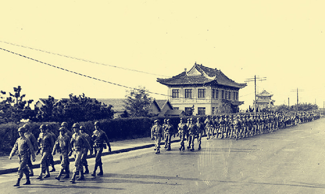 组图:汇泉跑马场见证日军投降