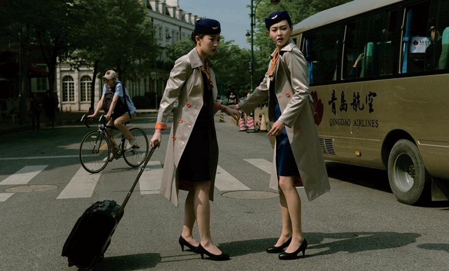 强奸空姐电影名字_刘亦菲上演制服诱惑 隔空叫板青岛航空空姐