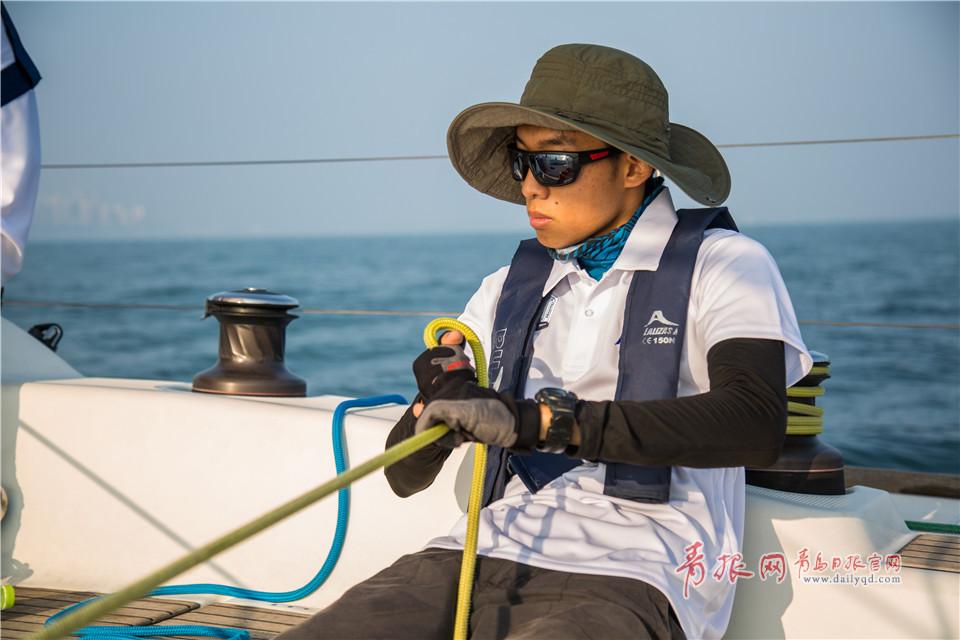 葉子跟其他男隊友配合默契,跟船長實現指令的無縫銜接操作