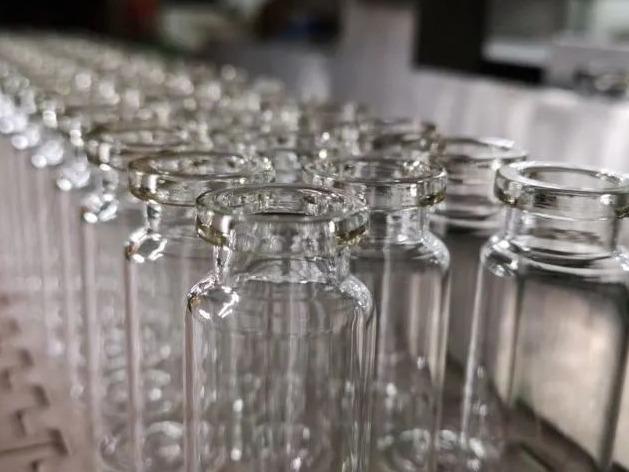 中國企業造得出疫苗卻造不出疫苗瓶?假的!