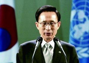 """与阿联酋签""""阴阳合同""""?韩前总统李明博出面否认"""