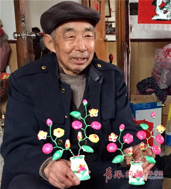 花的是一位普通的74岁农村老人杜崇顺,他家住即墨区潮海街道后铺下村图片