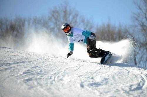 中国冬残奥会滑雪小将:再练两年,咱能赶上