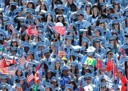 教育部发留学大数据:中国成亚洲最大留学目的国