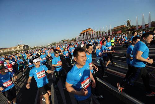 马拉松跑友需求增加40余场赛事同天开跑