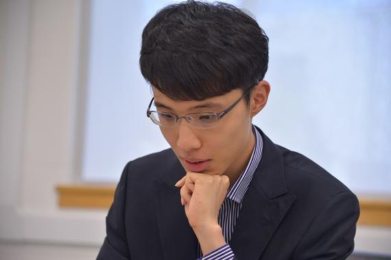 """连笑卫冕""""天元"""":棋坛新生代 不负好年华"""