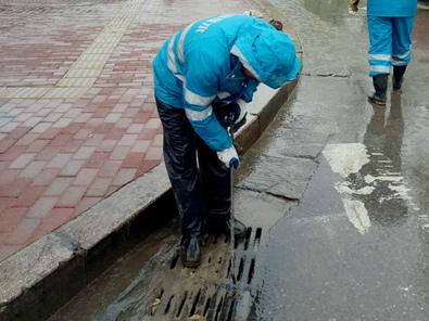 市内三区道路目前排水正常 雨天出行提示在此!