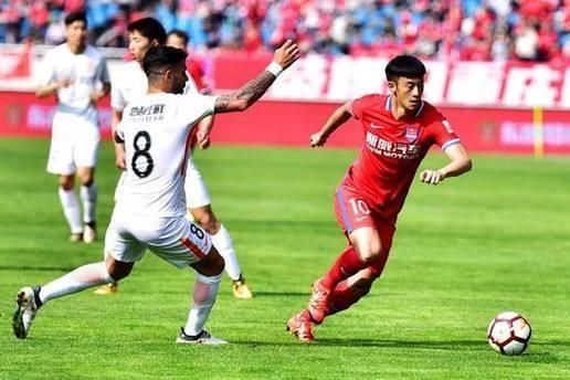 重庆斯威:伊涅斯塔将不会以球员的身份加盟