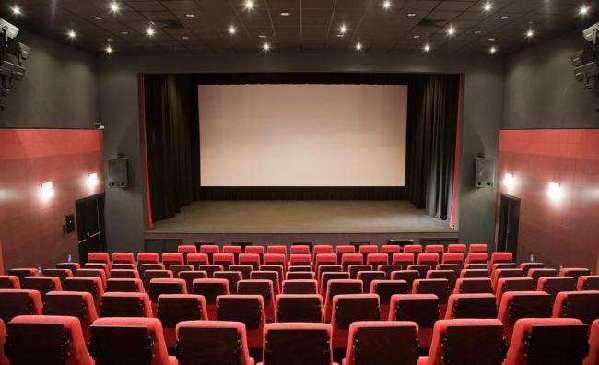 中国电影票房突破200亿元 摘冠全球市场
