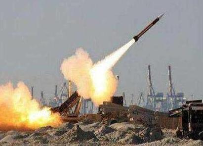叙中部一军用机场遭导弹袭击 防空系统成功拦截