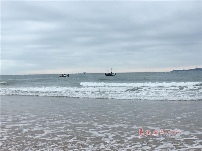 青岛金沙滩,银沙滩海水浴场今日开放