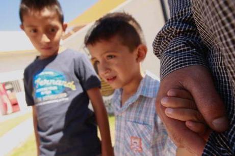 美国卫生部计划检测移民儿童DNA 助其找回父母