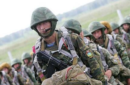 俄空降兵部队举行战术演习 都有哪些新装备亮相