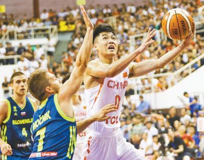 中斯男篮国际对抗赛首战 中国男篮蓝队获胜