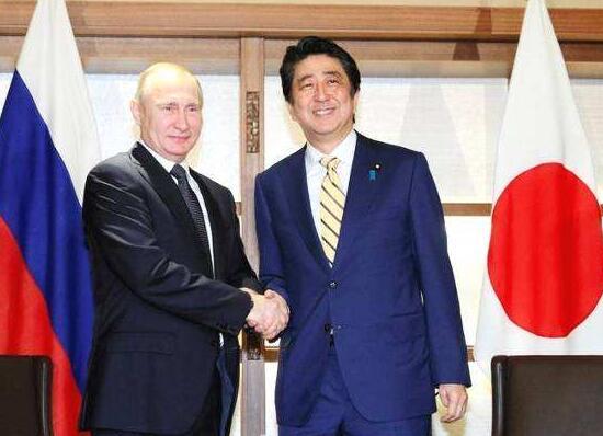 俄日外交、国防部长2+2会谈关注安全问题