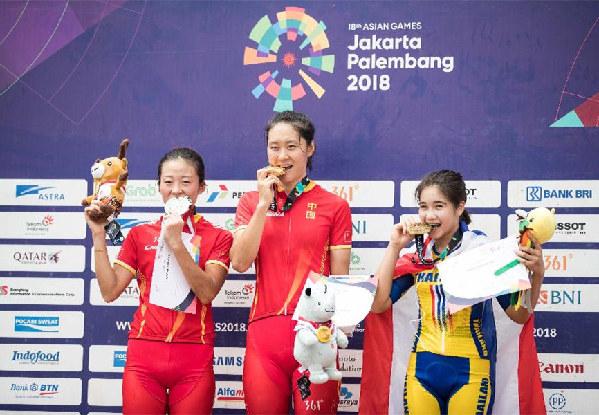 """中国运动员出色表现在印尼引发""""中国热"""""""