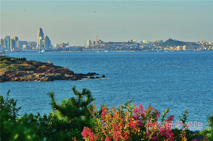 西海岸环岛路隔海望青岛 美景如画美不胜收