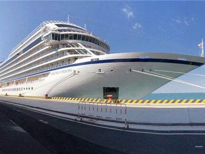 """美国豪华环球邮轮""""猎户座号""""首次访问青岛"""