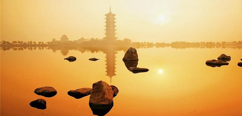实拍胶州少海生态湿地:红叶飞霜 风光旖旎