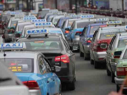 油价降了,青岛市区出租车公里租价下调0.1元!