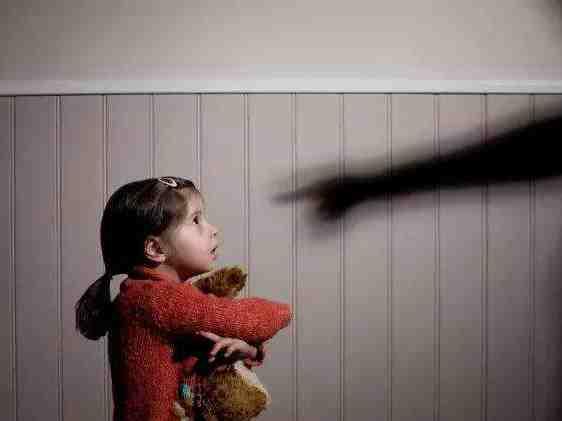 最高检:非直接身体接触猥亵行为可认定构成猥亵儿童罪