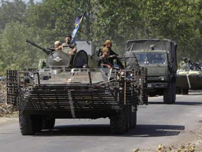 乌指俄军在边境集结 欧洲国家吁普京缓和俄乌局势