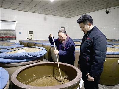 【走近民营企业家⑨】即墨妙府老酒:坚持古法酿酒40年