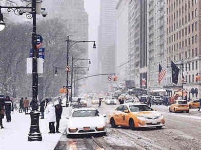 纽约州及周边地区现强风降雪 已有数百架航班被取消