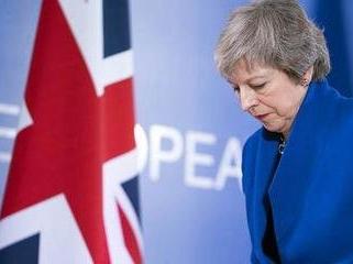 """""""脱欧""""进程陷迷局 英首相首次对推迟脱欧期限松口"""