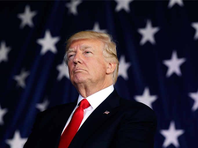 白宫:特朗普签署命令将对俄实施的制裁再延长一年