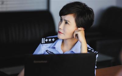 王茜:必须要说我是学电影表演的,不是警察