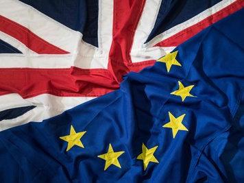 欧盟官员警告:英国无协议脱欧或致金融市场混乱
