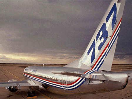 美国航空公司延长停飞波音737MAX 直至8月中旬