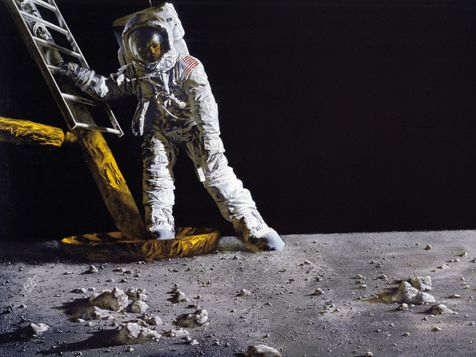 国际空间站宇航员黑格在太空两个月内身高增长5厘米