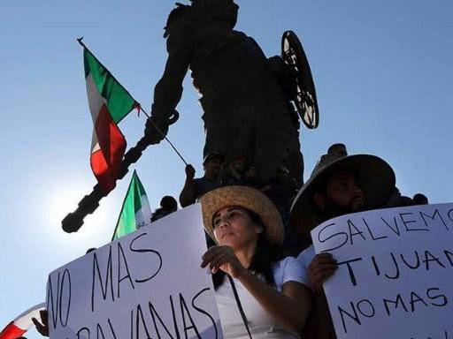 美墨协议引发争议 墨西哥将援助滞留边境赴美民众